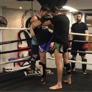 allenamento clinch
