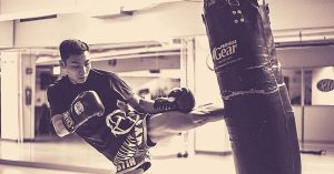 Allenamento Muay Thai al sacco